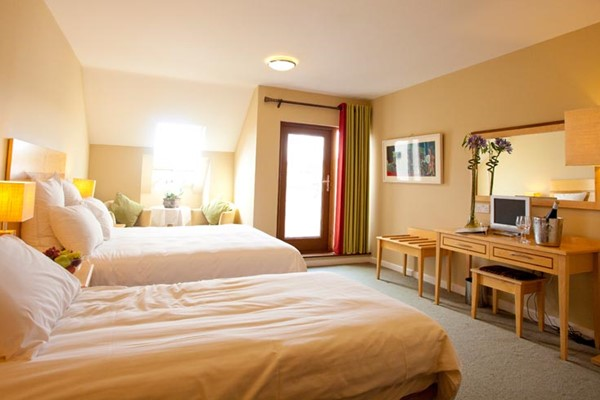 An image labelled Twin Seaview Room