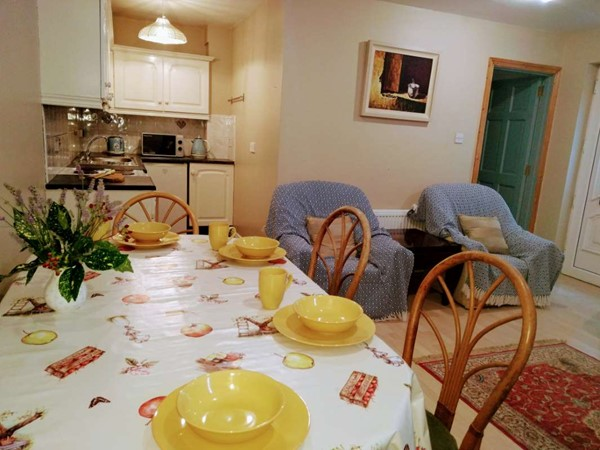 An image labelled Dining area